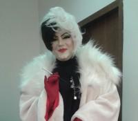 3. De Revelion...Cruella